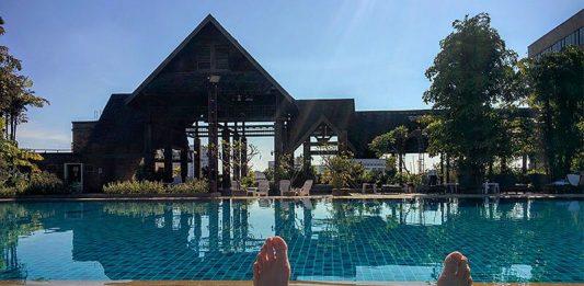 Lotus Hotel Swimming Pool in Chiang Mai