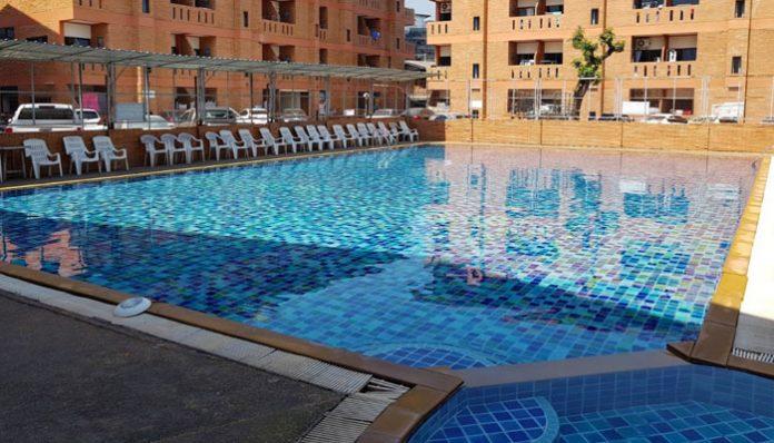 Santitham Plaza Swimming Pool