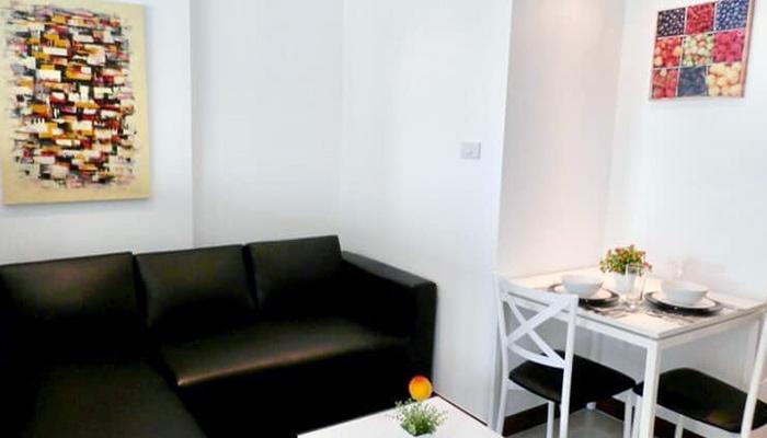 Vieng Ping Condo Living Room